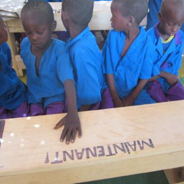 Fourniture de mobilier scolaire
